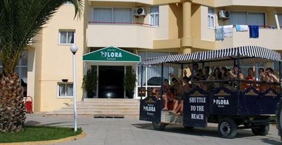 HOTEL FLORA FAMILY SUITE 3***